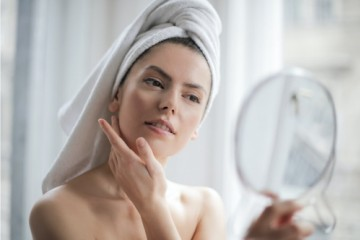 脸部肌肤缺水?植迷荟复活草水润沁肤系列强势补水