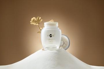 皇后白金级珍珠膏,一瓶解决多重肌肤问题